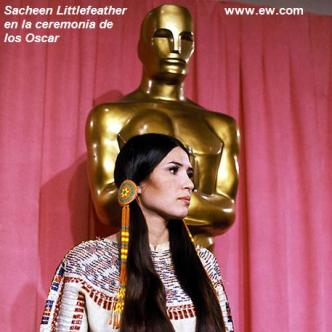 Sacheen Littlefeather en la ceremonia de los Oscar